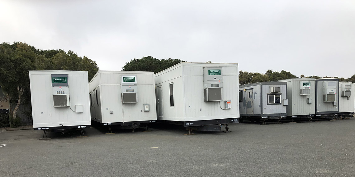 a line of mobile and modular offices at WillScot San Francisco, CA location